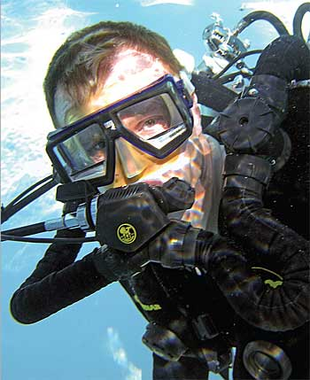 Karl Shreeves test diving the Discovery Mk VI
